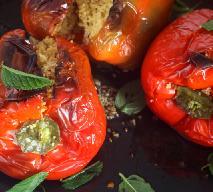 Papryka faszerowana z grilla: przepis wegetariański