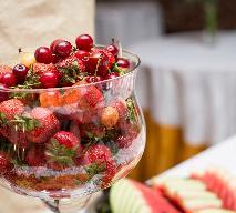 Jak podawać owoce podczas przyjęć?