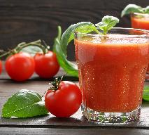 Koktajl pomidorowy z chili i bazylią