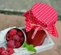 Konfitura z malin z wanilią i płatkami migdałów w karmelu: przepis