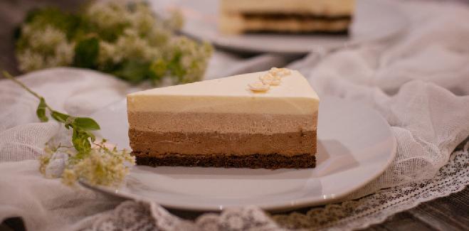 Delikatny torcik czekoladowe trio - po prostu pycha!