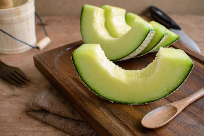 Czy warto jeść melony? Właściwości melonów