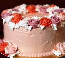 Maślany krem do tortów w 5 minut: tylko 3 składniki!