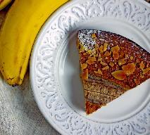 Szybkie ciasto z mielonymi migdałami