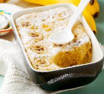 Bananowa babeczka z mikrofali: przepis na ciasto w kubku