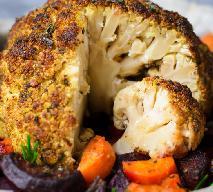 Pikantny kalafior pieczony w całości: takiego jeszcze nie jedliście!