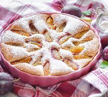 Jogurtowe ciasto ze śliwkami: przepis na niezwykle smaczny placek domowy