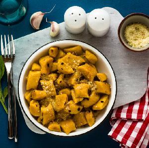 Cudowne dyniowe kopytka - idealne do sosu grzybowego lub gulaszu!