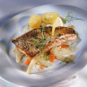 Co zamiast karpia na wigilię? Jakie inne ryby sprawdzą się na świątecznym stole?