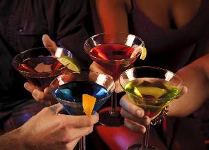 Co pić w święta, sylwestra i w karnawale, by nie utyć?