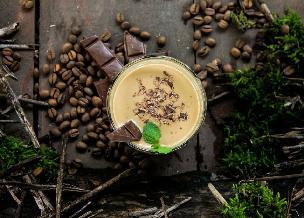 Frywolna kawa czekoladowa z miętą