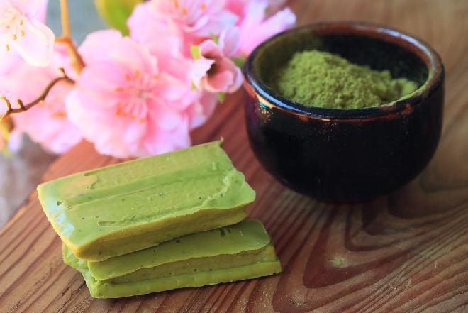 Zielone czekoladki z matcha - PRZEPIS WEGAŃSKI